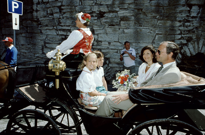 FILE PHOTO 1990s . King Carl XVI Gustaf, Queen Silvia, Prince Carl Philip and Princess Madeleine on island Gotland, early 1990s. Photo: Toni Sica Code: 1001 COPYRIGHT STELLA PICTURES
