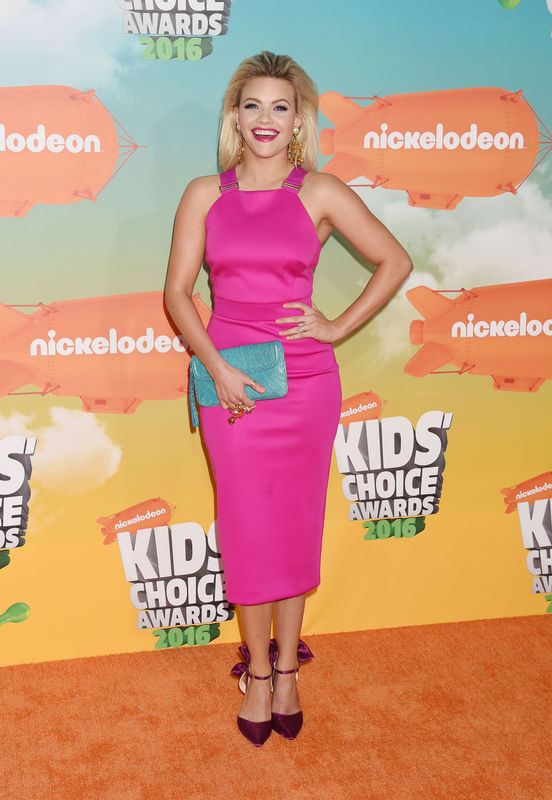 INGLEWOOD, CA - MARCH 12: Dancer Witney Carson attends Nickelodeon