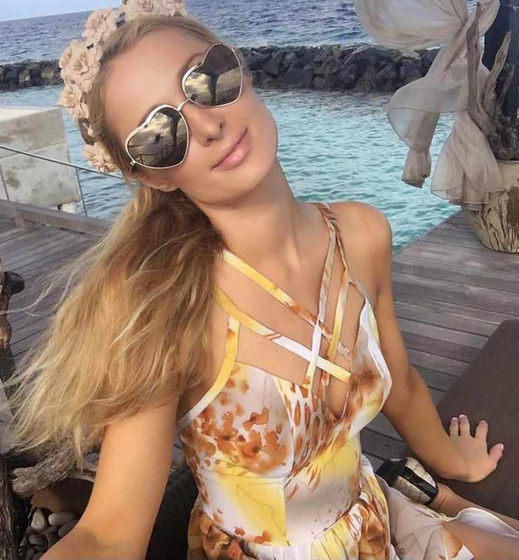 "22-2-2016 Paris Hilton posts a series of swimwear Selfies and writes ""Another beautiful sunny day on the #MagicaI Island. ?? Pictured: Paris Hilton PLANET PHOTOS www.planetphotos.co.uk info@planetphotos.co.uk +44 (0)20 8883 1438"