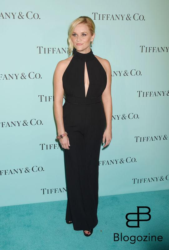 158275, Actress Reese Witherspoon arrives at the Tiffany And Co. Celebrates Unveiling Of Renovated Beverly Hills Store at Tiffany & Co. Beverly Hills, California - Thursday October 13, 2016. © Joe Sutter, PacificCoastNews. Los Angeles Office (PCN): +1 310.822.0419 UK Office (Photoshot): +44 (0) 20 7421 6000 sales@pacificcoastnews.com FEE MUST BE AGREED PRIOR TO USAGE