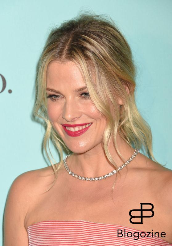 158275, Actress Ali Larter arrives at the Tiffany And Co. Celebrates Unveiling Of Renovated Beverly Hills Store at Tiffany & Co. Beverly Hills, California - Thursday October 13, 2016. © Joe Sutter, PacificCoastNews. Los Angeles Office (PCN): +1 310.822.0419 UK Office (Photoshot): +44 (0) 20 7421 6000 sales@pacificcoastnews.com FEE MUST BE AGREED PRIOR TO USAGE