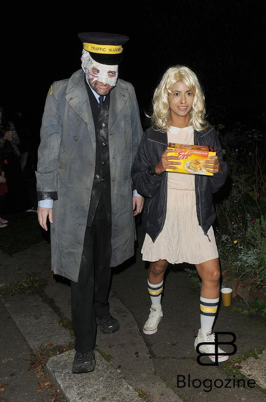 31 October 2016. Celebrities attend the annual Halloween party held at the home of Jonathan Ross Konnie Huq, Charlie Brooker Credit: Will/CK/GoffPhotos.com Ref: KGC-172/305