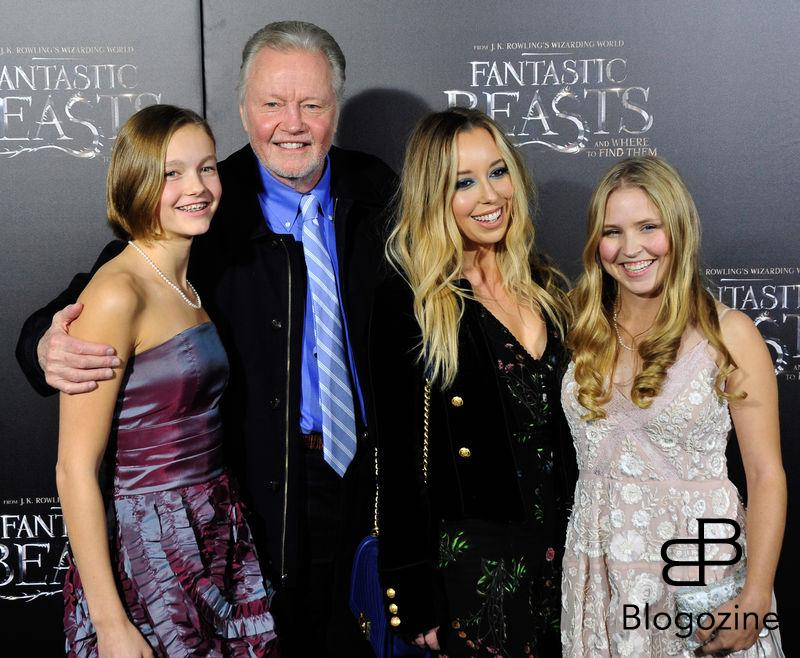 "52228351 Celebrities attend the premiere of ""Fantastic Beasts"