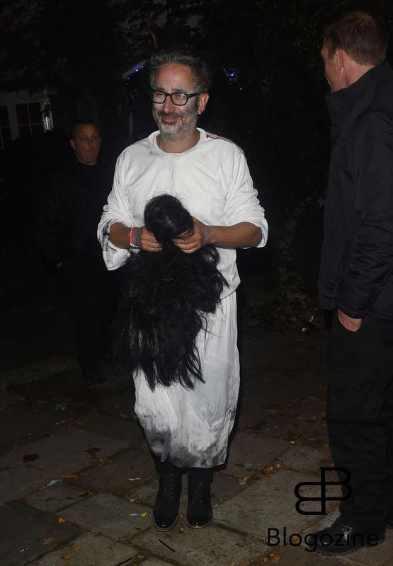 1 November 2016. Celebs Arriving at Jonathan Ross Halloween Party in London. Pictured, David Baddiel Credit: GoffPhotos.com Ref: KGC-172/305
