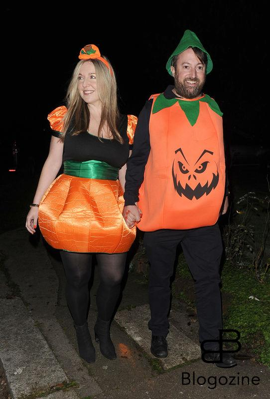 31 October 2016. Celebrities attend the annual Halloween party held at the home of Jonathan Ross. Pictured, David Mitchell Credit: Will/CK/GoffPhotos.com Ref: KGC-172/305
